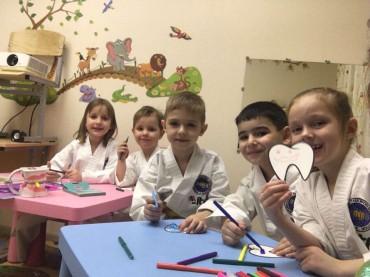 Уроки гигиены в детском центре «Драйв»