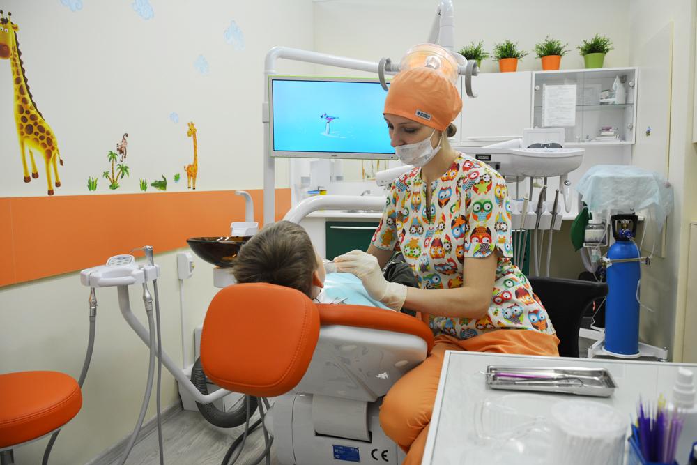 Может директор ооо лечить зубы за счет