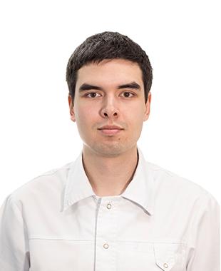 Григорян Артём Романович