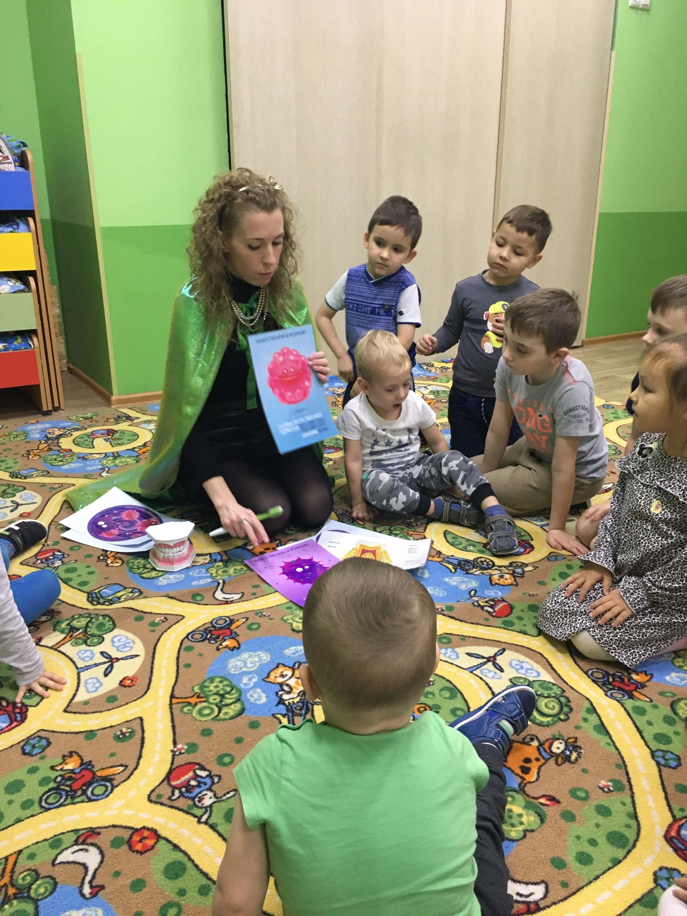 Урок гигиены в частном детском садике «Маленькая Страна»